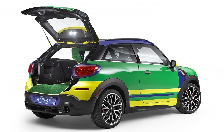 MINI Paceman GoalCooper – score big with this one Image #238666