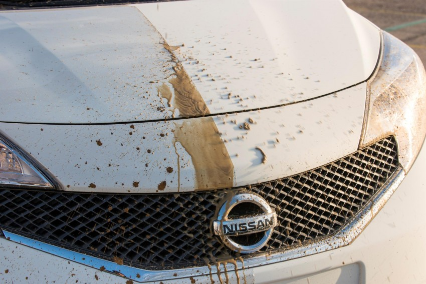 Nissan develops a prototype car that can clean itself! Image #244242