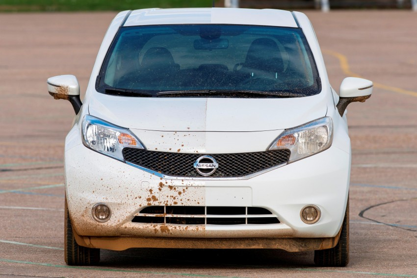 Nissan develops a prototype car that can clean itself! Image #244250