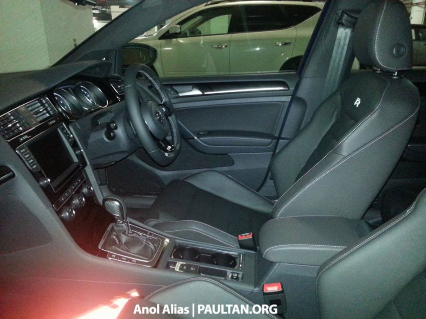 SPIED: Volkswagen Golf R Mk7 seen at JPJ Putrajaya Image #244905