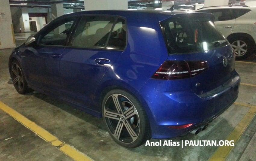 SPIED: Volkswagen Golf R Mk7 seen at JPJ Putrajaya Image #244908