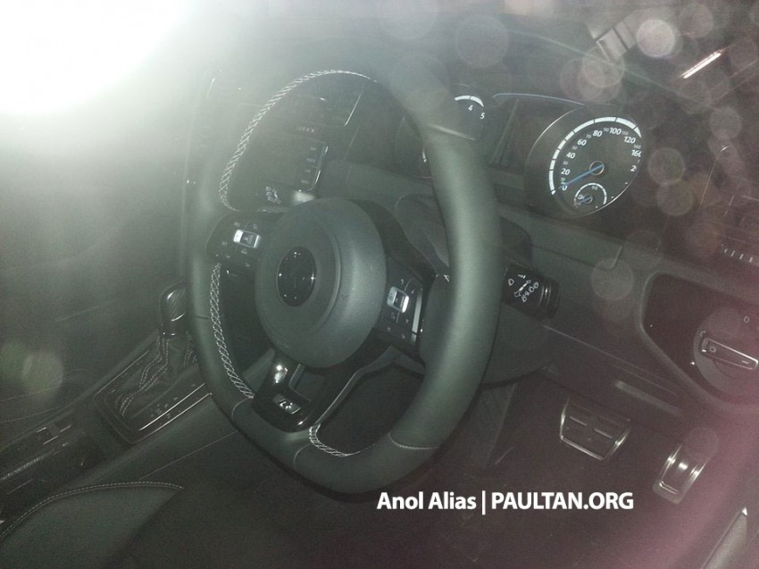 SPIED: Volkswagen Golf R Mk7 seen at JPJ Putrajaya Image #244911