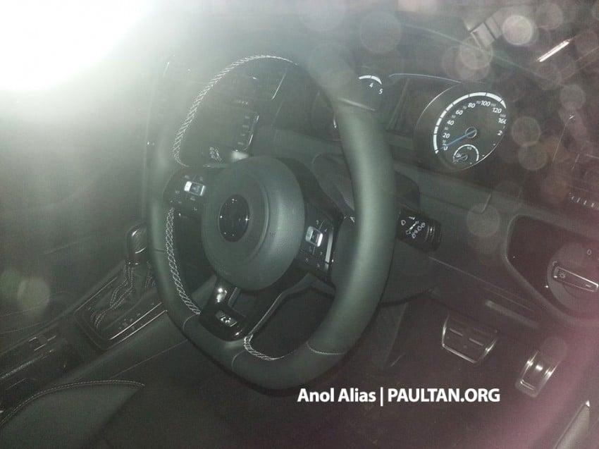 SPIED: Volkswagen Golf R Mk7 seen at JPJ Putrajaya Image #244911