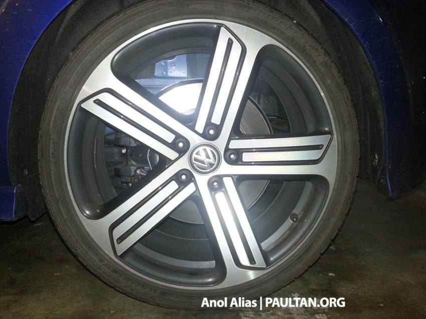 SPIED: Volkswagen Golf R Mk7 seen at JPJ Putrajaya Image #244917