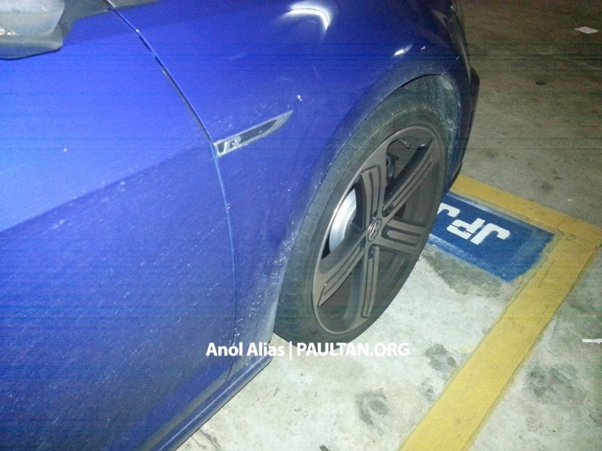 SPIED: Volkswagen Golf R Mk7 seen at JPJ Putrajaya Image #244921