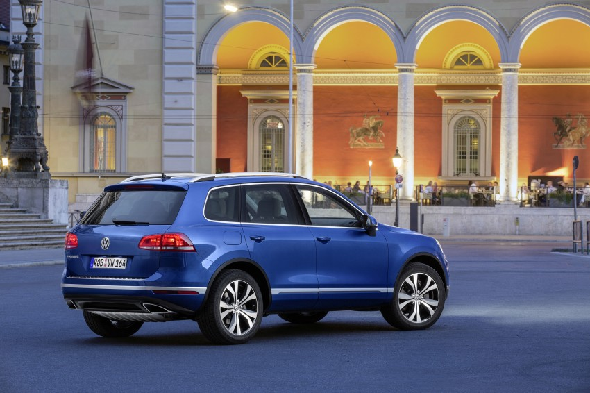 Volkswagen Touareg: second-gen facelift for Beijing Image #272244
