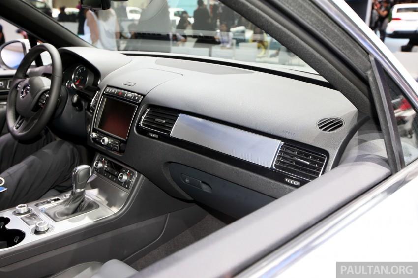 Volkswagen Touareg: second-gen facelift for Beijing Image #243804