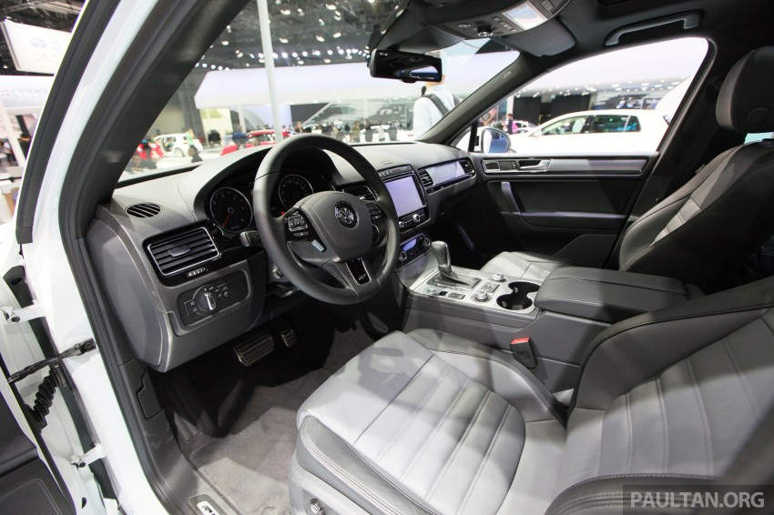 Volkswagen Touareg: second-gen facelift for Beijing Image #243805