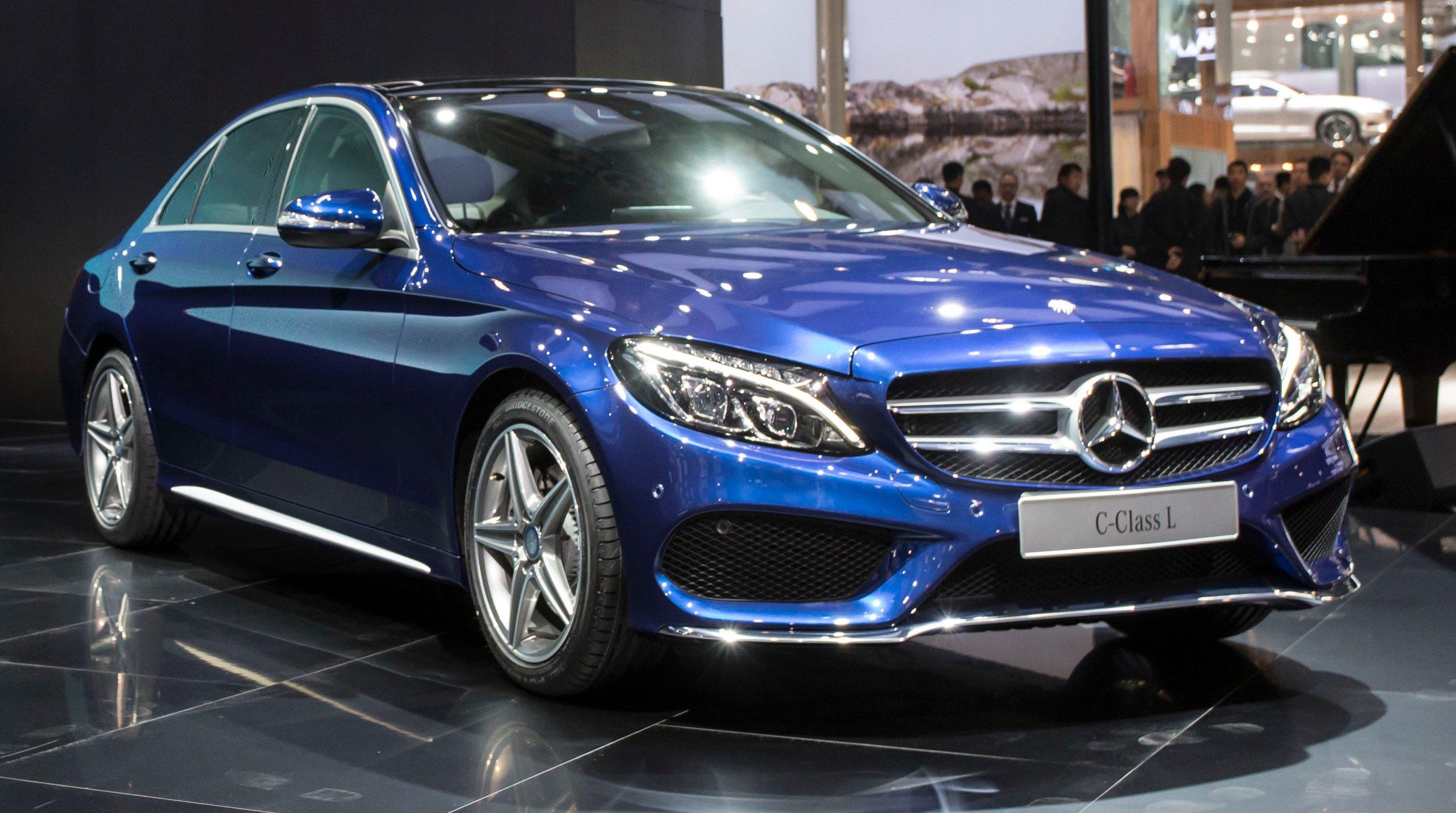 Mercedes benz c class l a long wheelbase w205 for Mercedes benz long