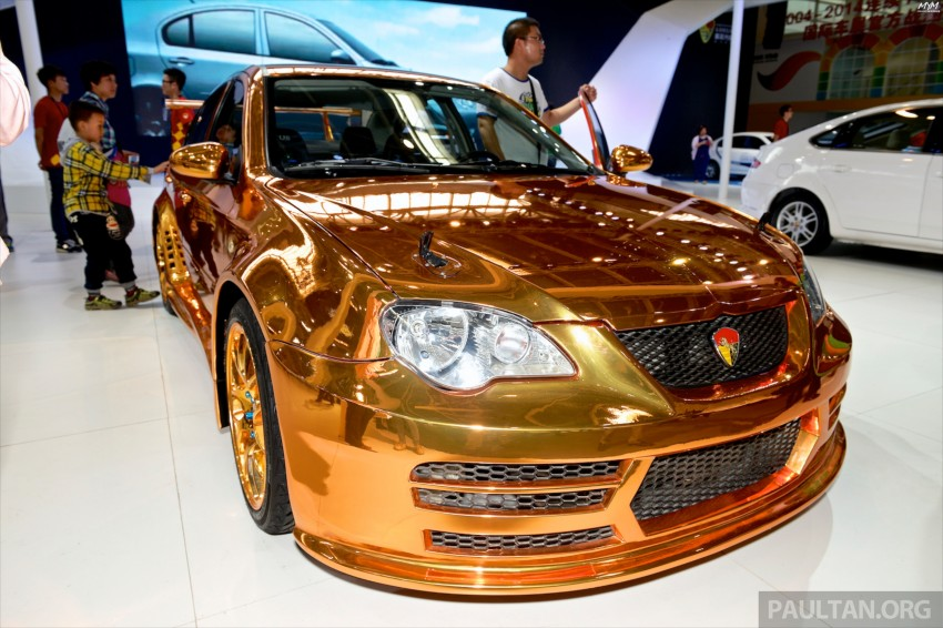 Gold Youngman Lotus L3 GT shown at Auto China Image #245251