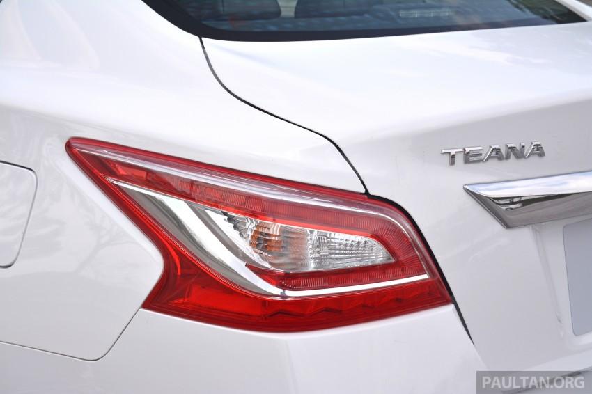 DRIVEN: 2014 Nissan Teana ups the D-segment ante Image #247963