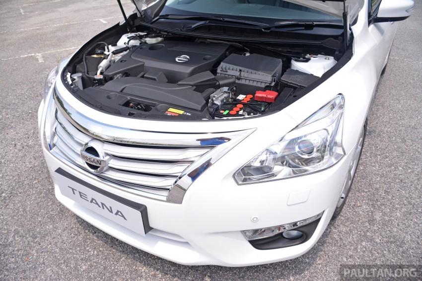 DRIVEN: 2014 Nissan Teana ups the D-segment ante Image #247971