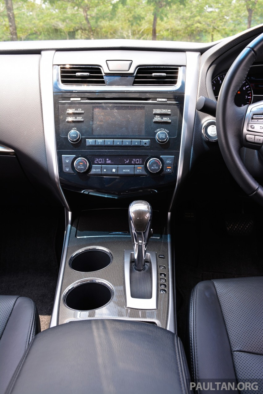 DRIVEN: 2014 Nissan Teana ups the D-segment ante Image #247983