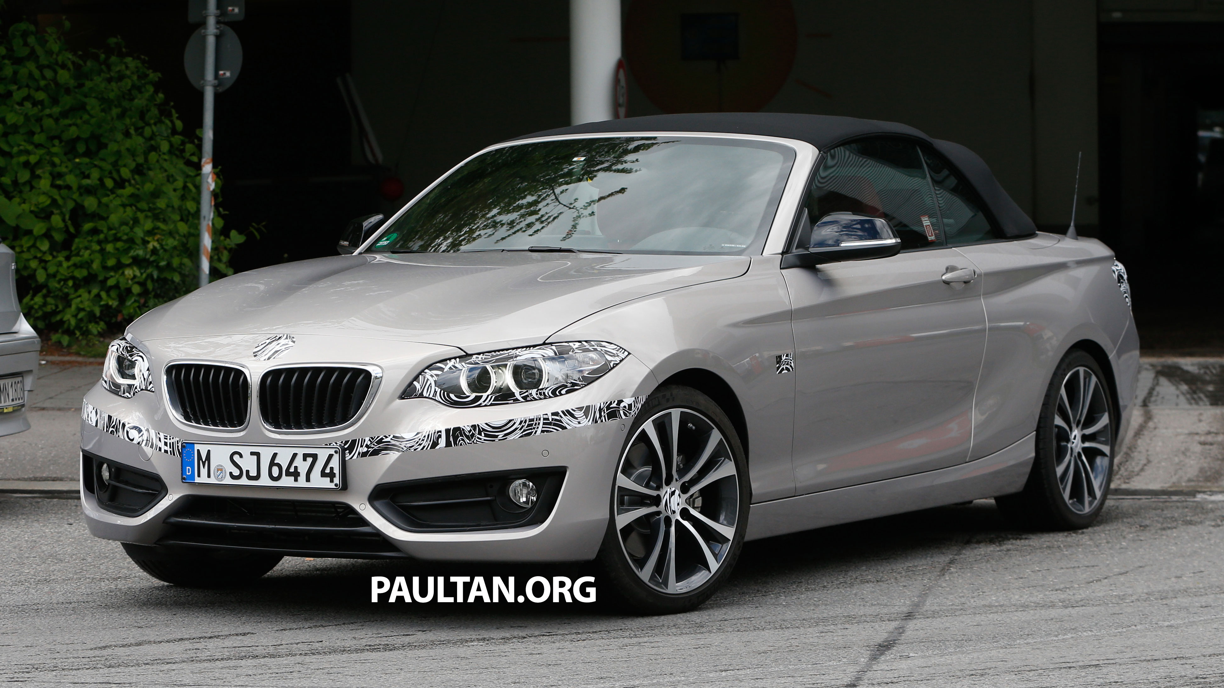 Bmw 2 Series Cabriolet Spied Nearly Undisguised Paul Tan