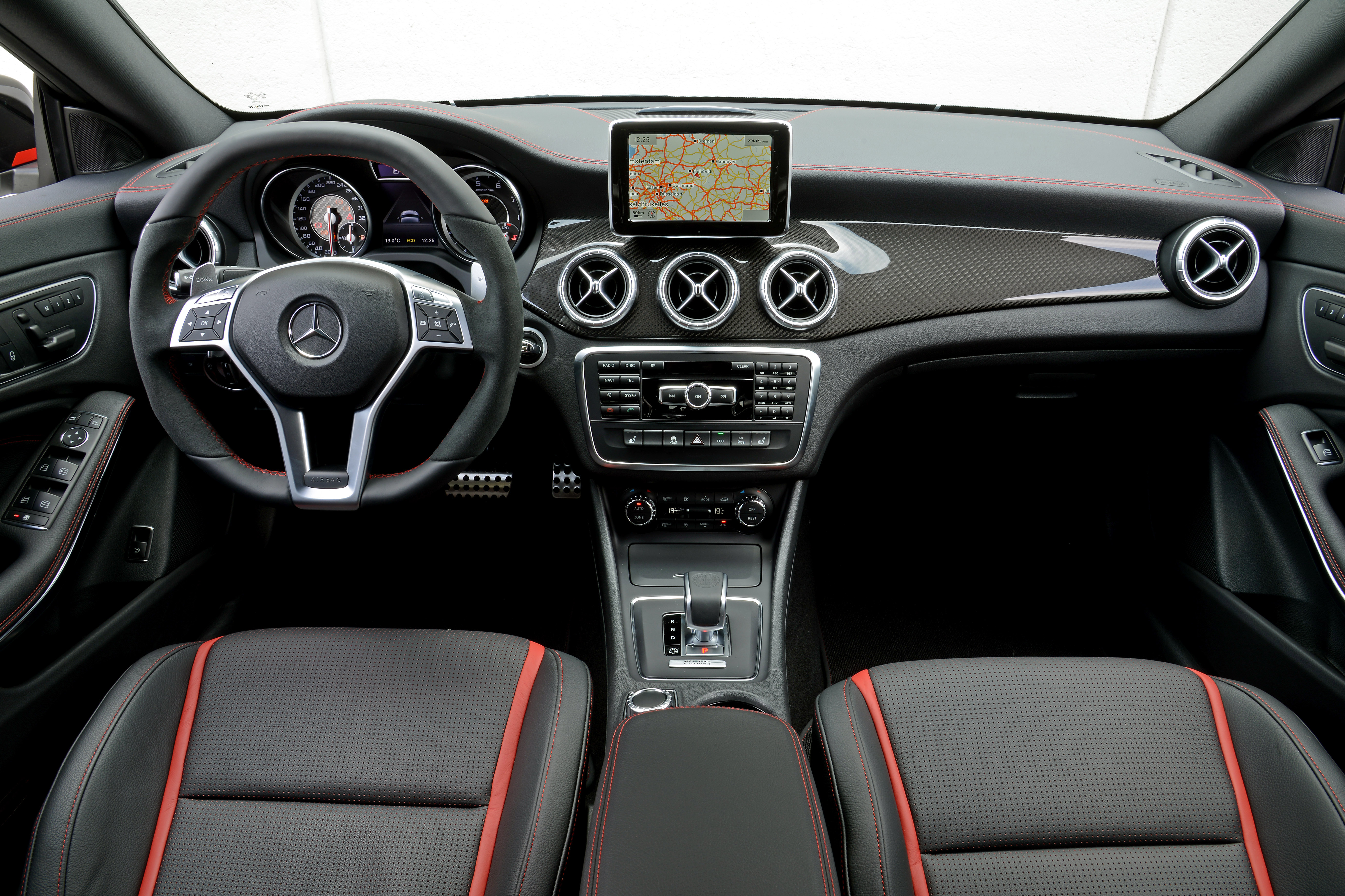 Mercedes Benz Cla >> Mercedes-Benz CLA 45 AMG now available – RM393k Image 246742