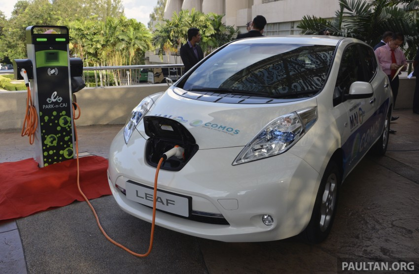COMOS EV car-sharing programme to launch in August – rent a Twizy, Zoe or Leaf in KL, by the hour Image #246323