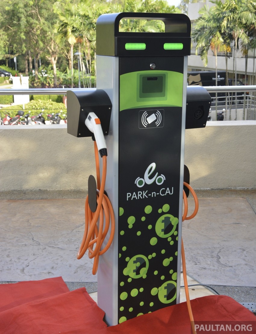 COMOS EV car-sharing programme to launch in August – rent a Twizy, Zoe or Leaf in KL, by the hour Image #246324