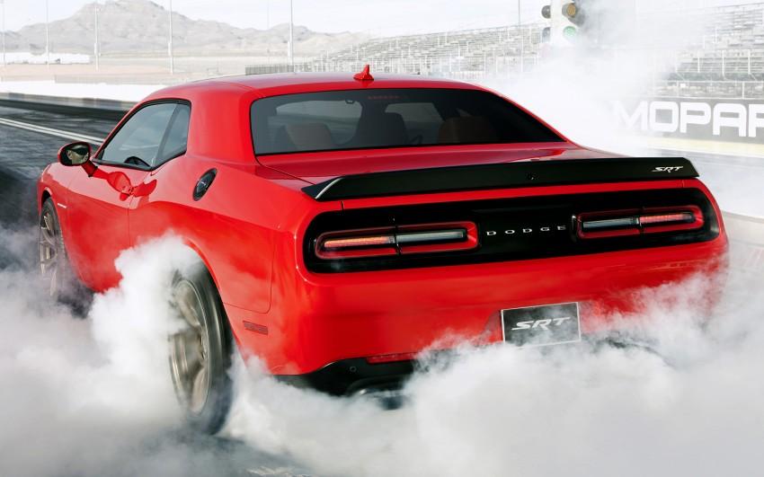 Dodge Challenger SRT – new 6.2 V8 mill with 707 hp Image #248565