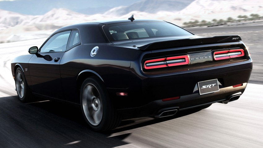 Dodge Challenger SRT – new 6.2 V8 mill with 707 hp Image #248576