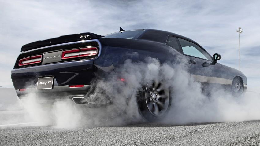 Dodge Challenger SRT – new 6.2 V8 mill with 707 hp Image #248577