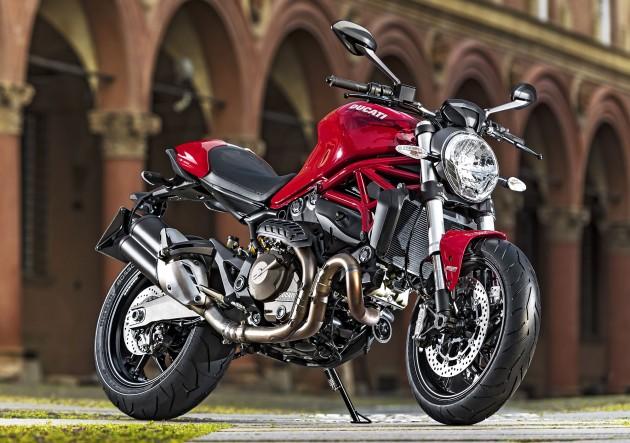 Ducati Monster 821-04