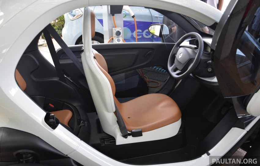 COMOS EV car-sharing programme to launch in August – rent a Twizy, Zoe or Leaf in KL, by the hour Image #246274