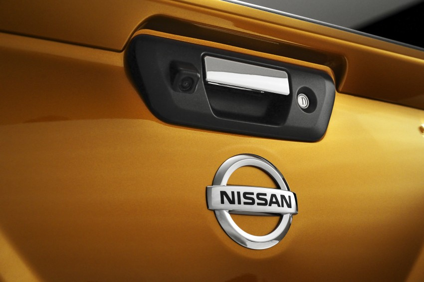 Nissan NP300 Navara unveiled in Thailand: 7spd auto! Image #253150