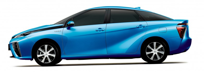 Toyota Fuel Cell Sedan unveiled – production version to go on sale in Japan in 2015, priced at US$69k Image #255767