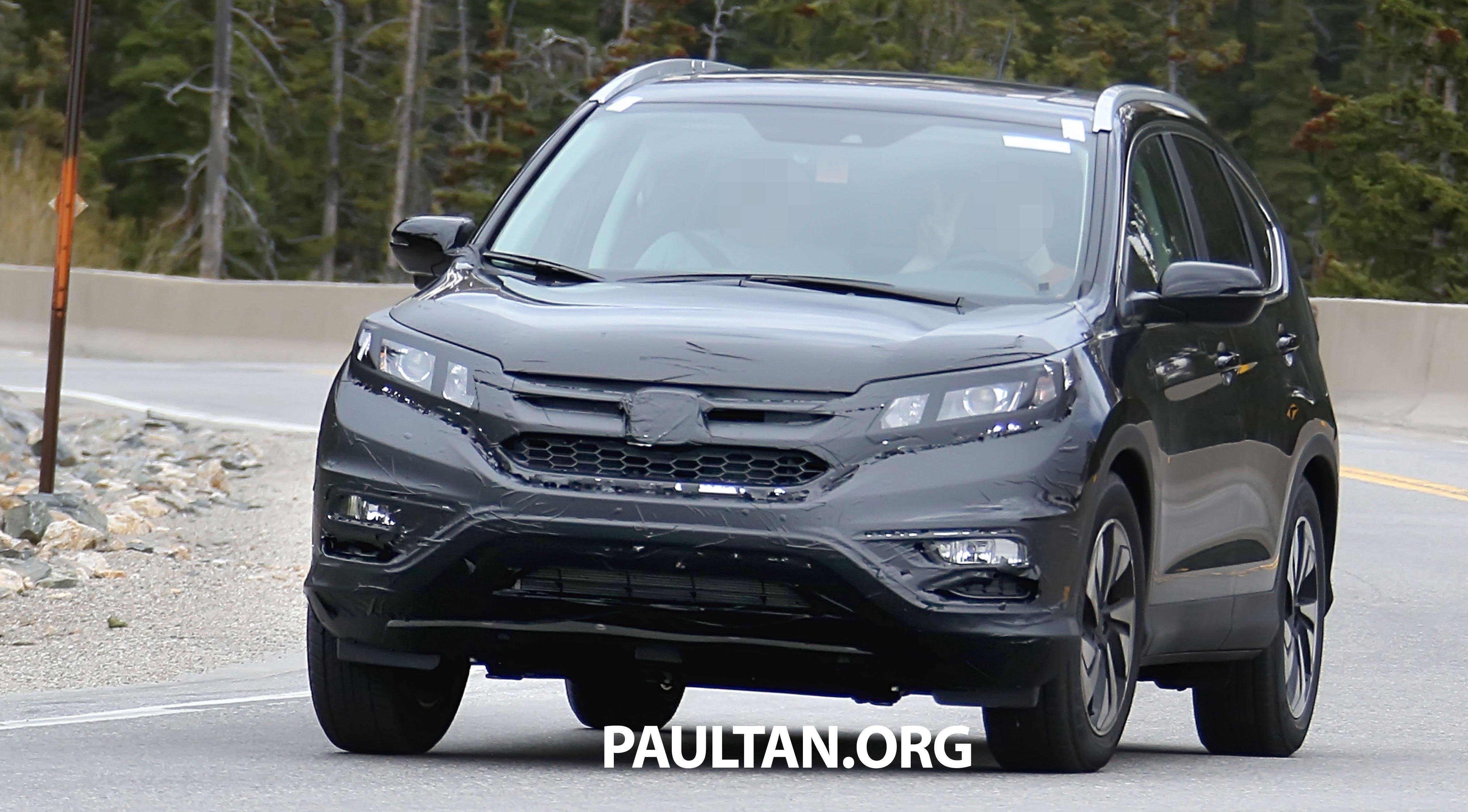 Spyshots honda cr v facelift gets revised looks for Honda crv 2014