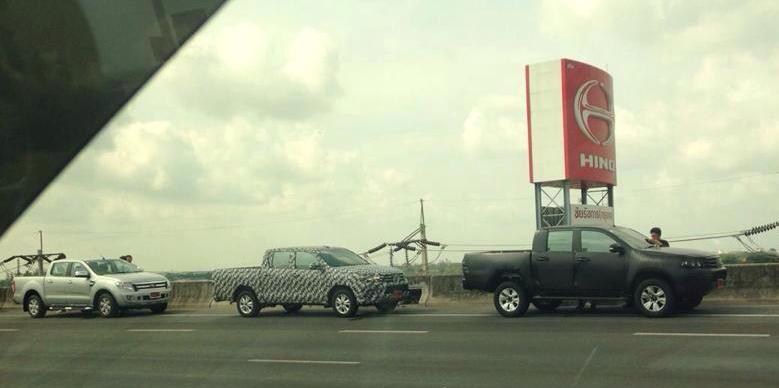 2015 Toyota Hilux sighted testing in Thailand! Image #252468