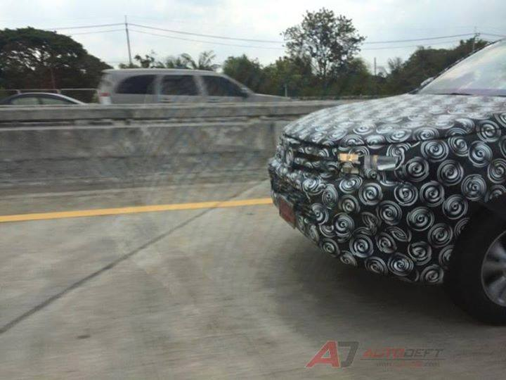 2015 Toyota Hilux sighted testing in Thailand! Image #252472