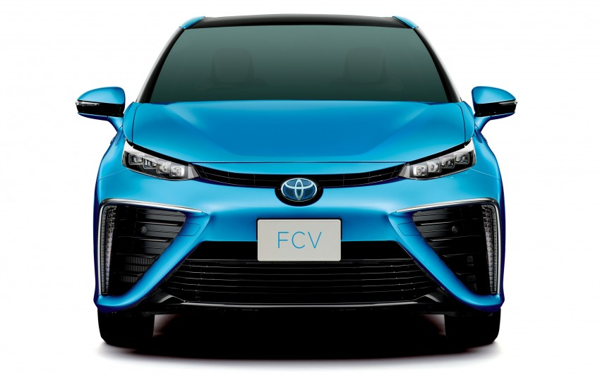 Toyota Fuel Cell Sedan unveiled – production version to go on sale in Japan in 2015, priced at US$69k Image #255769