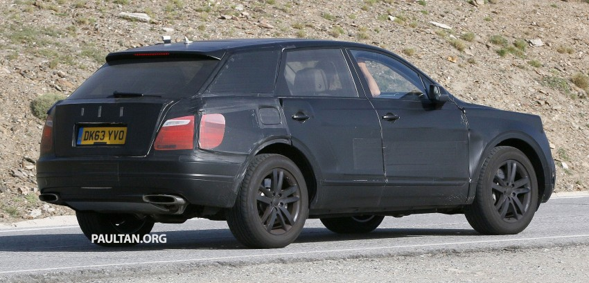 SPYSHOTS: Production Bentley SUV sighted on test Image #255186