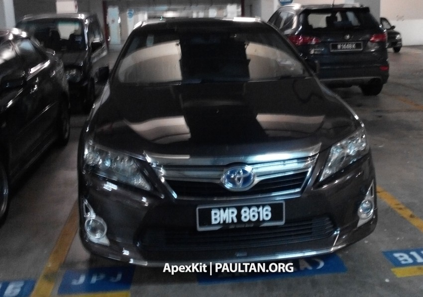 Toyota Camry Hybrid sighted at JPJ – UMW Toyota set for comeback to the tax-free hybrid game Image #252905
