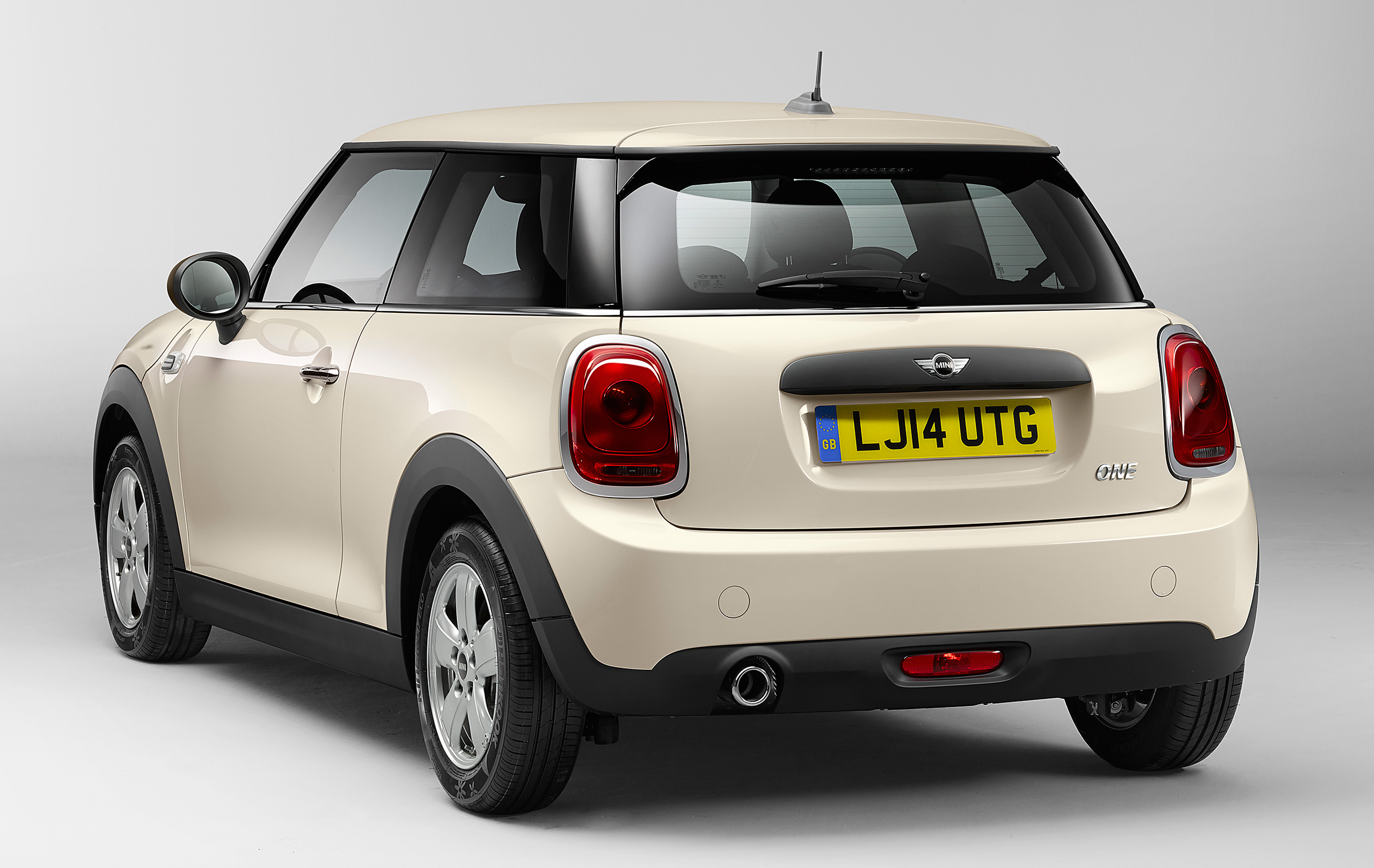f56 mini one first and cooper sd new base petrol 75 hp 150 nm and top diesel 170 hp 360 nm. Black Bedroom Furniture Sets. Home Design Ideas