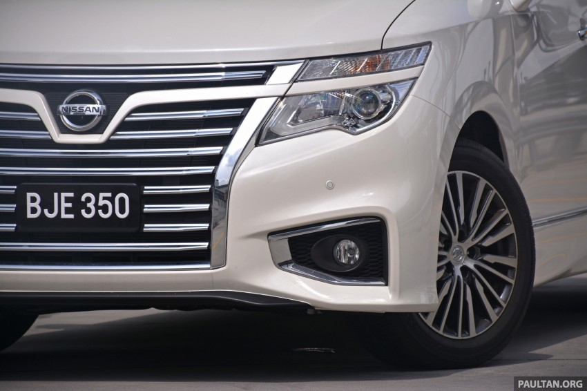 DRIVEN: 2014 Nissan Elgrand tested from every seat Image #255570
