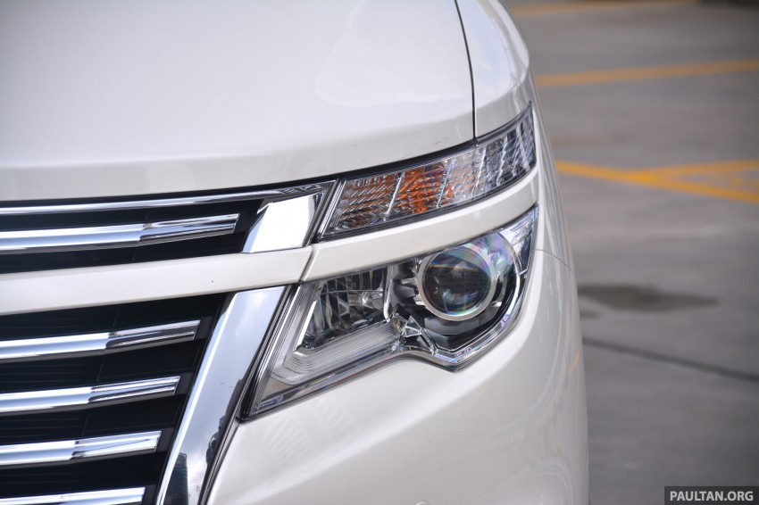 DRIVEN: 2014 Nissan Elgrand tested from every seat Image #255565