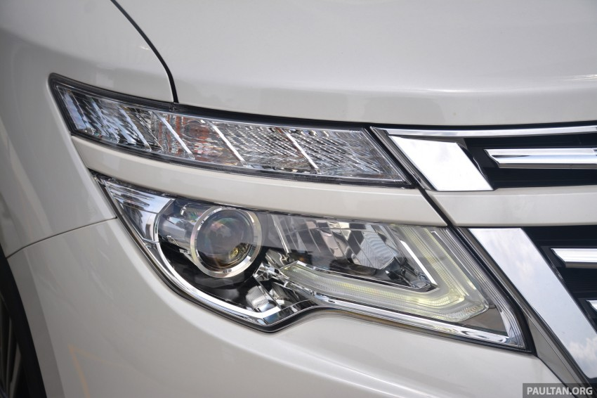 DRIVEN: 2014 Nissan Elgrand tested from every seat Image #255566