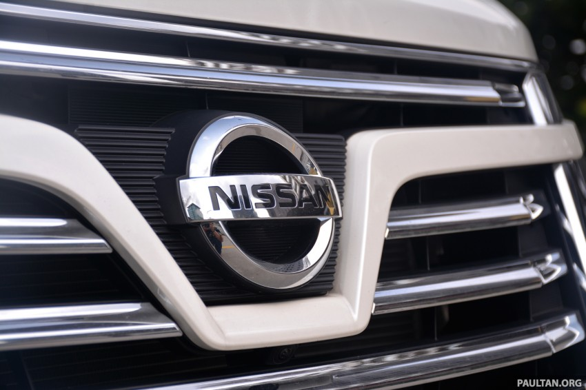 DRIVEN: 2014 Nissan Elgrand tested from every seat Image #255560