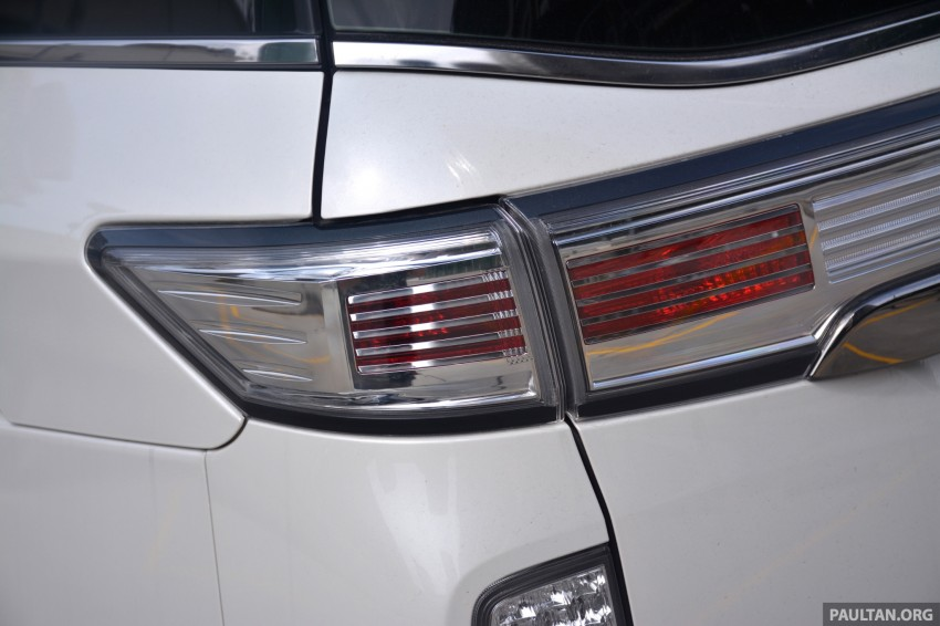 DRIVEN: 2014 Nissan Elgrand tested from every seat Image #255558