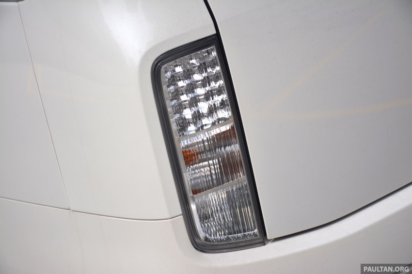 DRIVEN: 2014 Nissan Elgrand tested from every seat Image #255553