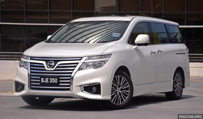 DRIVEN: 2014 Nissan Elgrand tested from every seat Image #255576