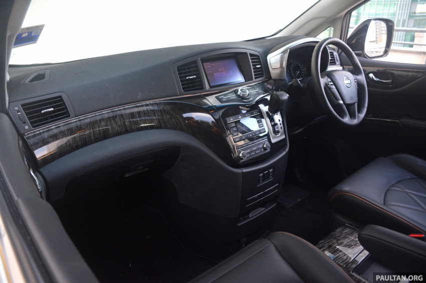 DRIVEN: 2014 Nissan Elgrand tested from every seat Image #255548