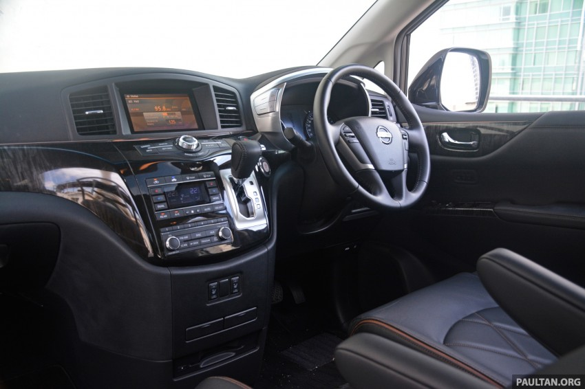 DRIVEN: 2014 Nissan Elgrand tested from every seat Image #255542