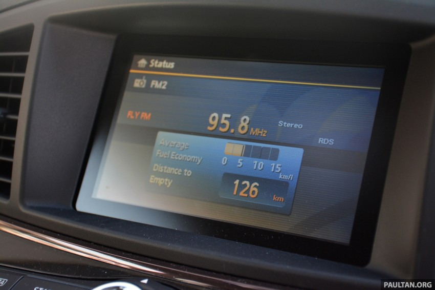 DRIVEN: 2014 Nissan Elgrand tested from every seat Image #255540