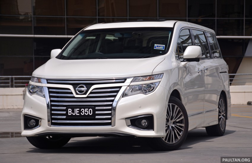 DRIVEN: 2014 Nissan Elgrand tested from every seat Image #255577