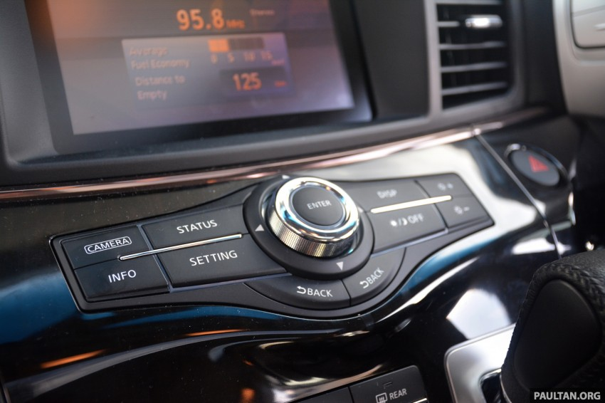 DRIVEN: 2014 Nissan Elgrand tested from every seat Image #255537