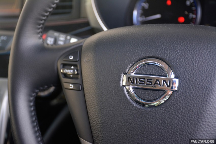 DRIVEN: 2014 Nissan Elgrand tested from every seat Image #255534