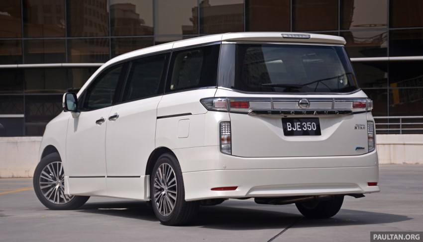 DRIVEN: 2014 Nissan Elgrand tested from every seat Image #255571