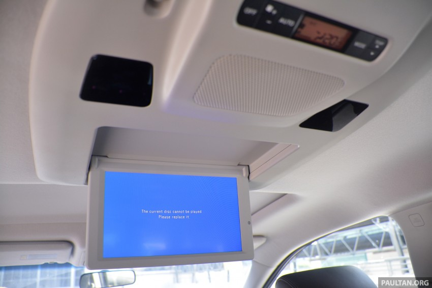 DRIVEN: 2014 Nissan Elgrand tested from every seat Image #255520